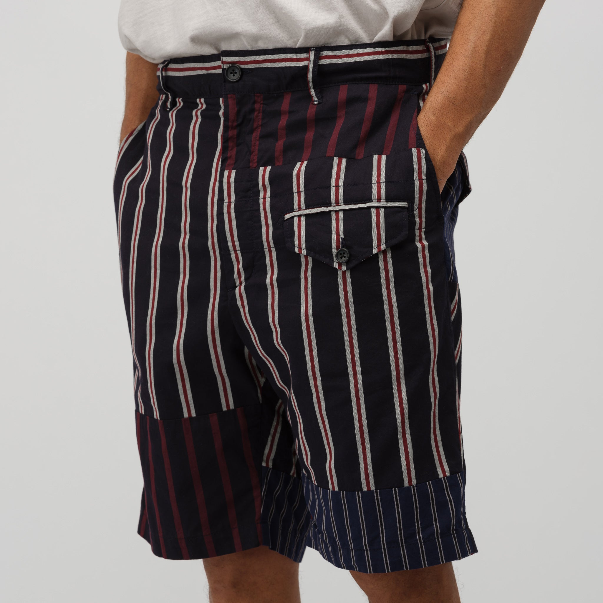 Ghurka Short in Navy/Red/White