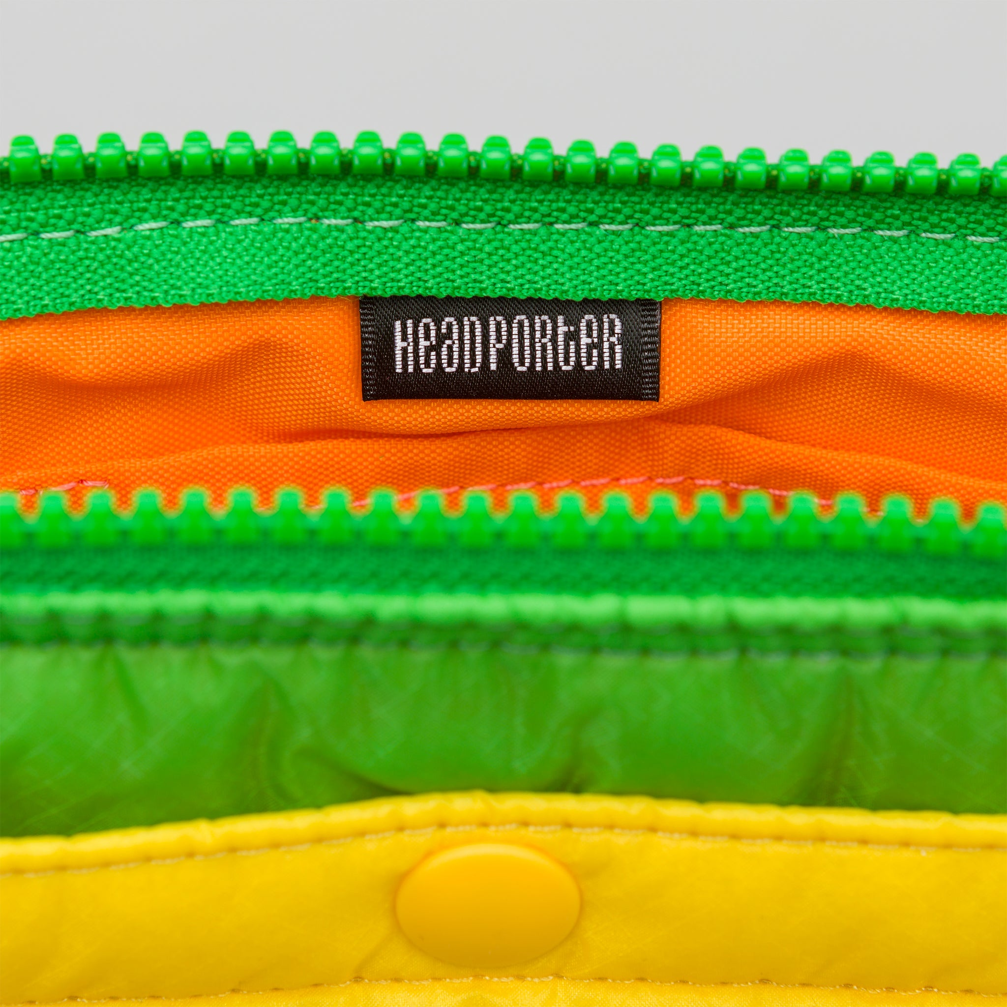RUKA Shoulder Bag in Green/Orange