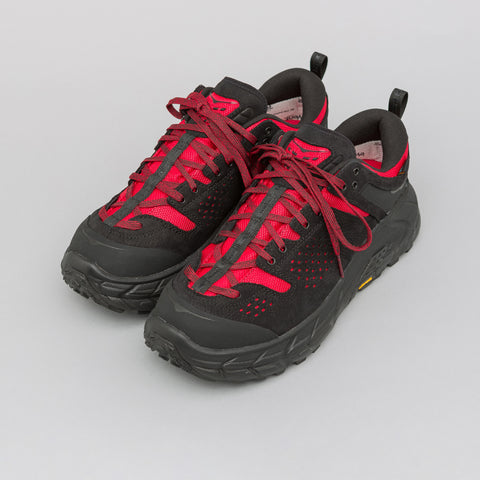 Hoka One One x Engineered Garments Tor Ultra Low in Black/Red - Notre