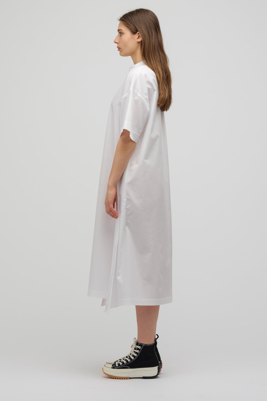 HYKE Short Sleeve Shift Dress in White - Notre