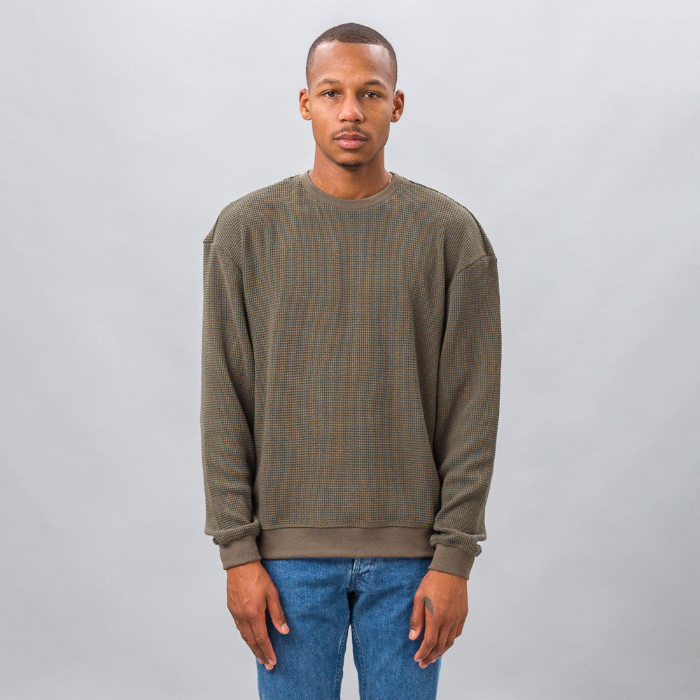 John Elliott Oversized Thermal Crew in Alpine Model Shot