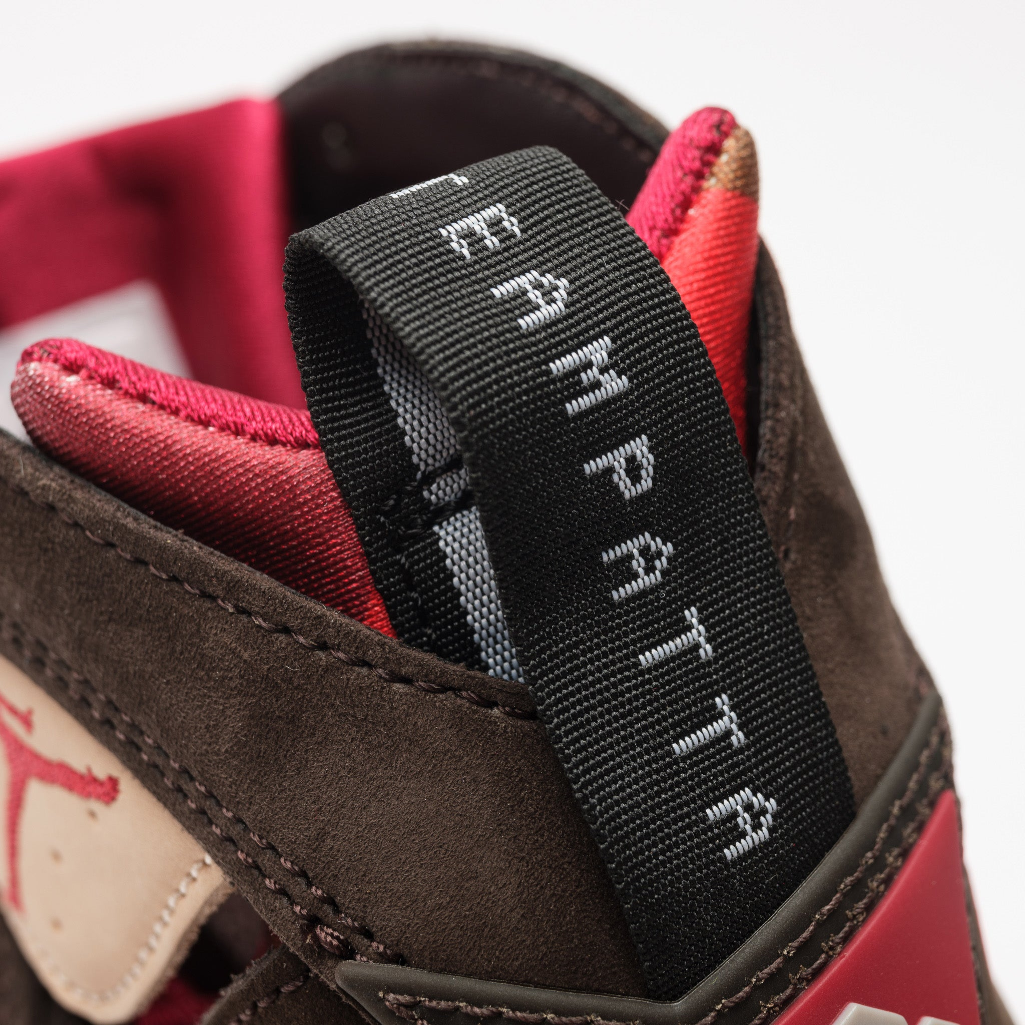 Patta 7 Retro in Shimmer/Red/Brown