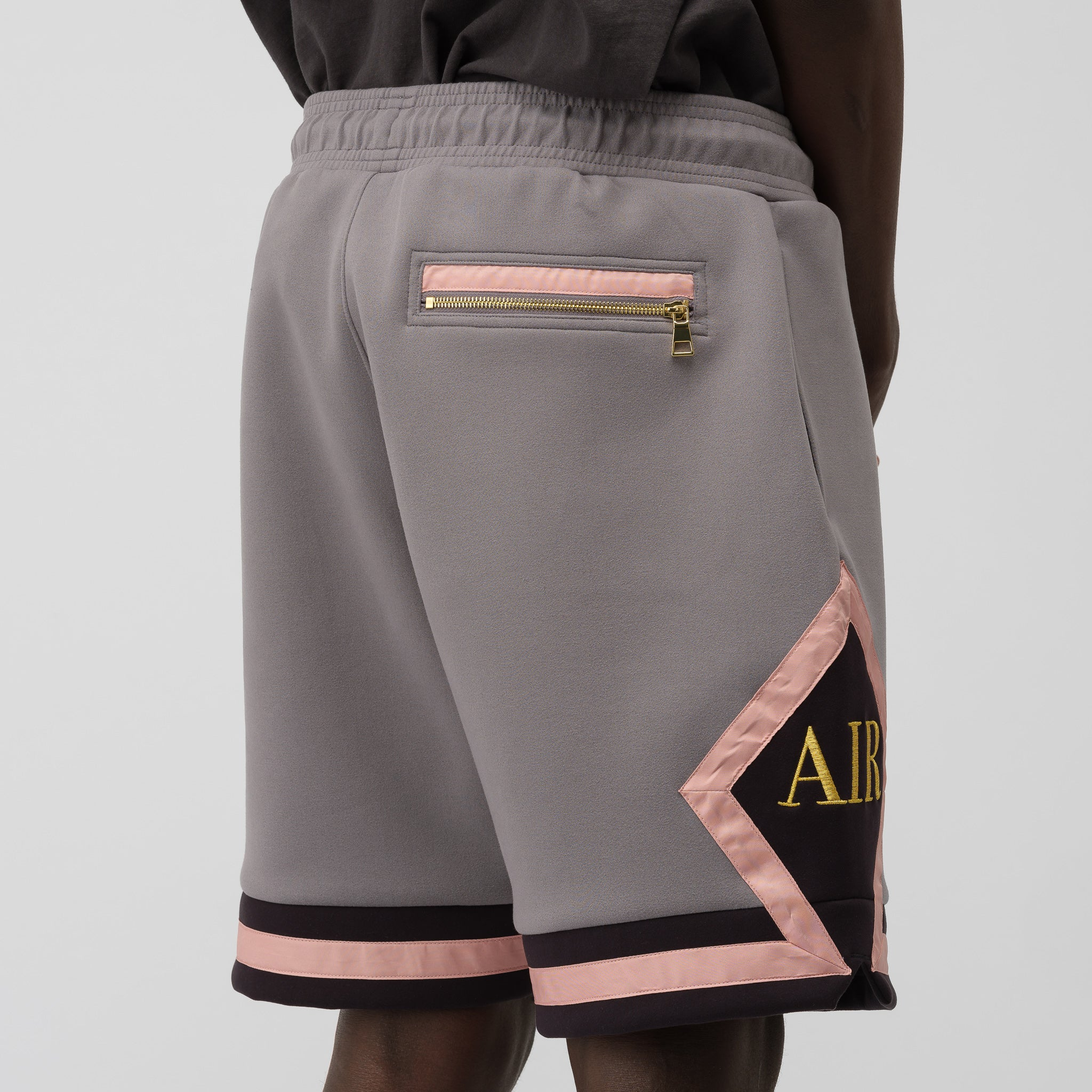 Remastered Diamond Shorts in Gunsmoke
