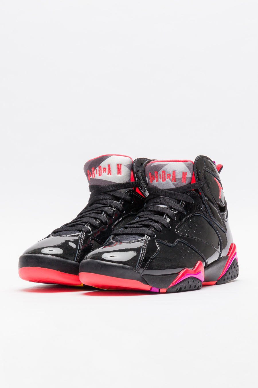 Jordan Air Jordan 7 Retro in Black/Crimson - Notre