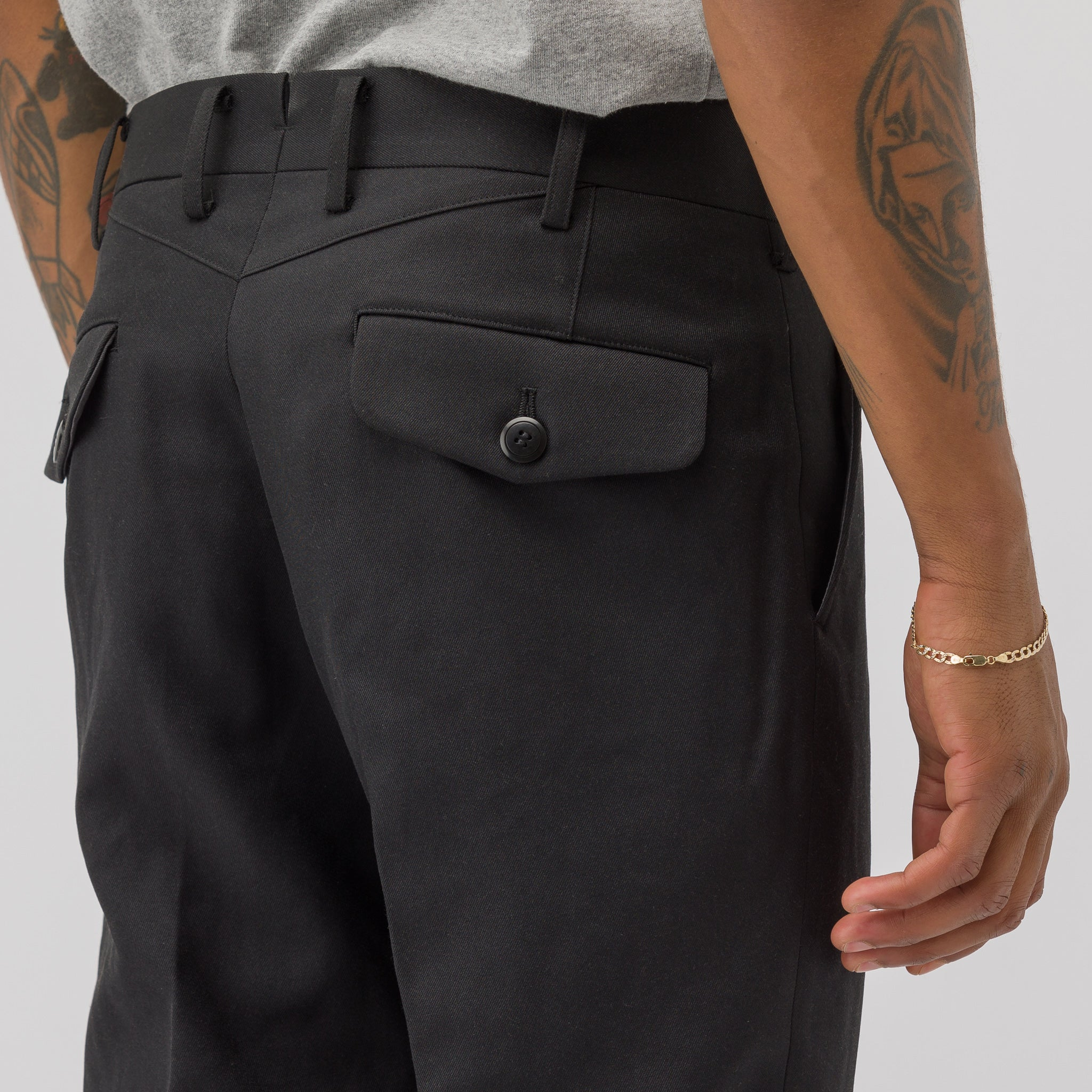 Slim Trouser in Black