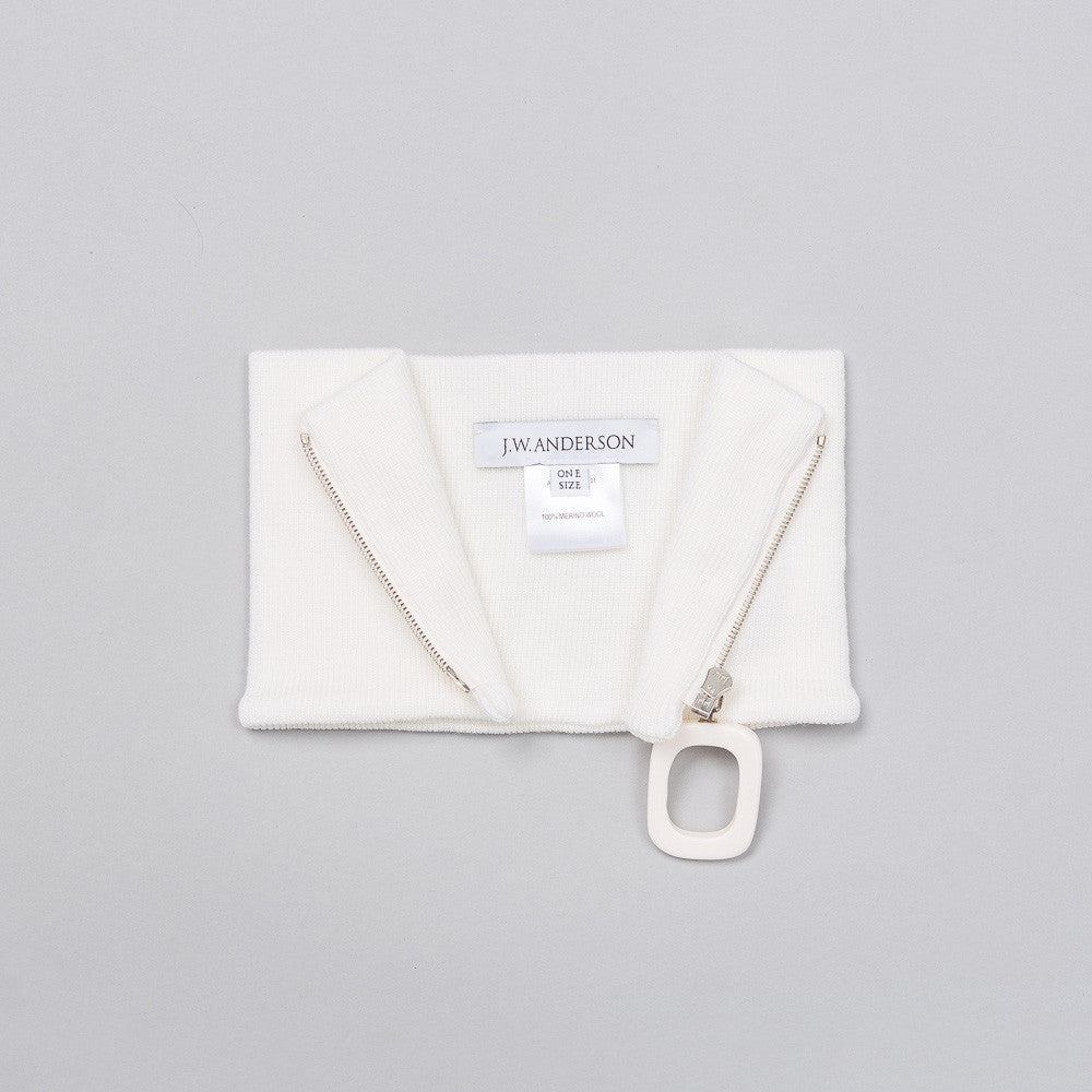 Neckband with Zip Detail in White