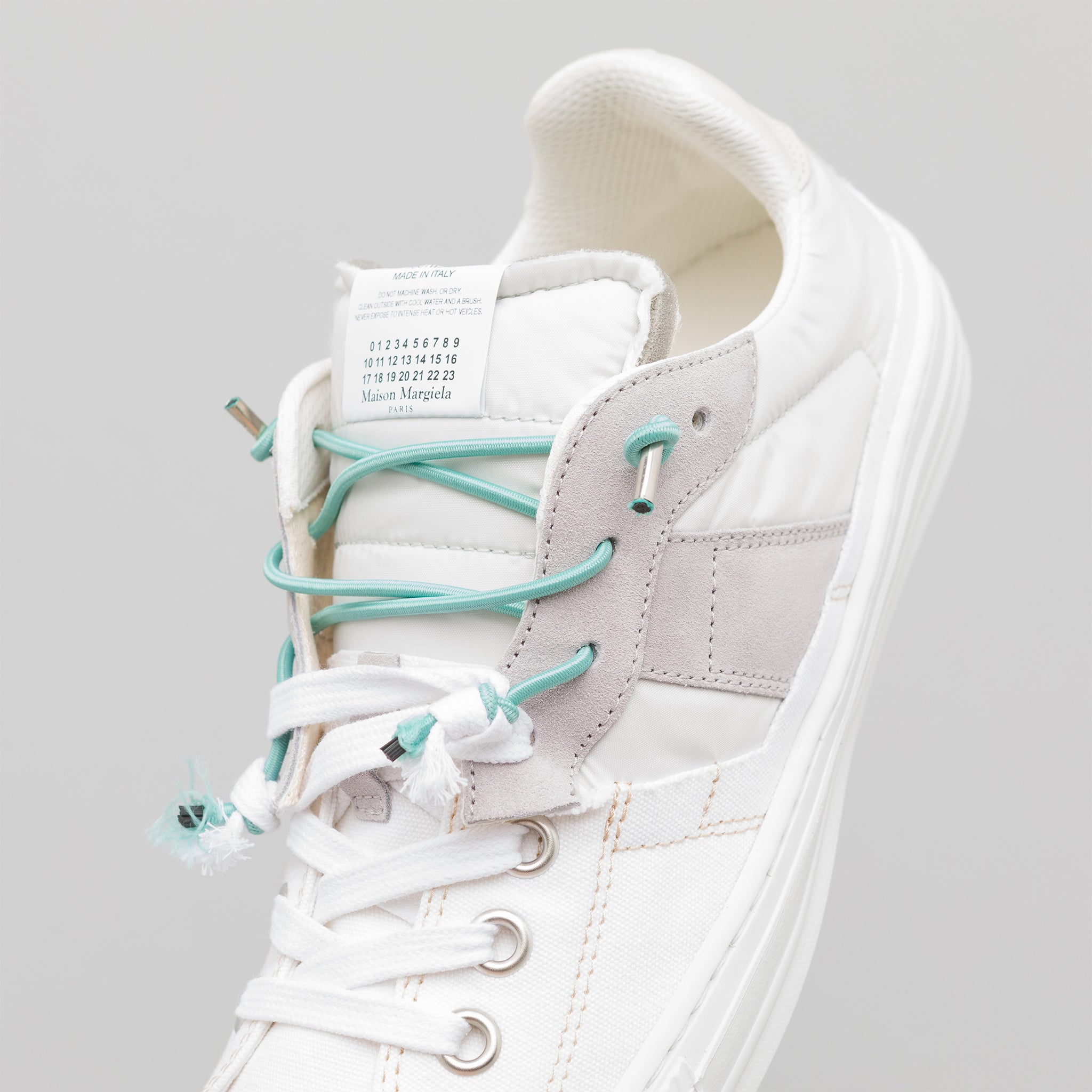 Evolution Low Top Sneaker in White