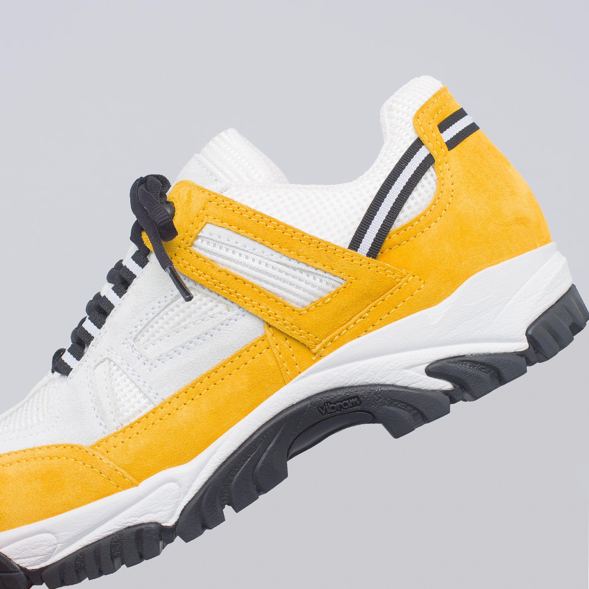 Security Sneaker in White/Yellow