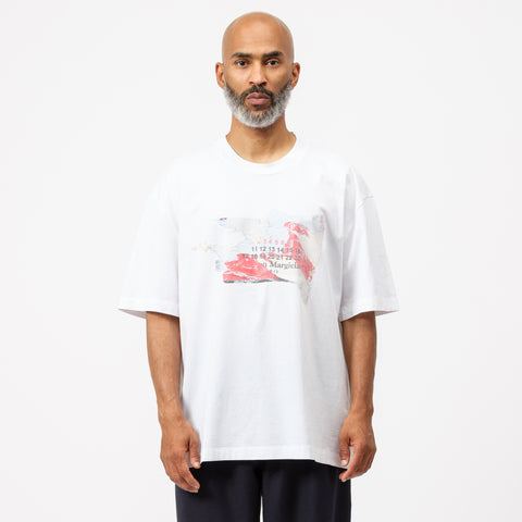 Maison Margiela Label Graphic T-Shirt in White - Notre