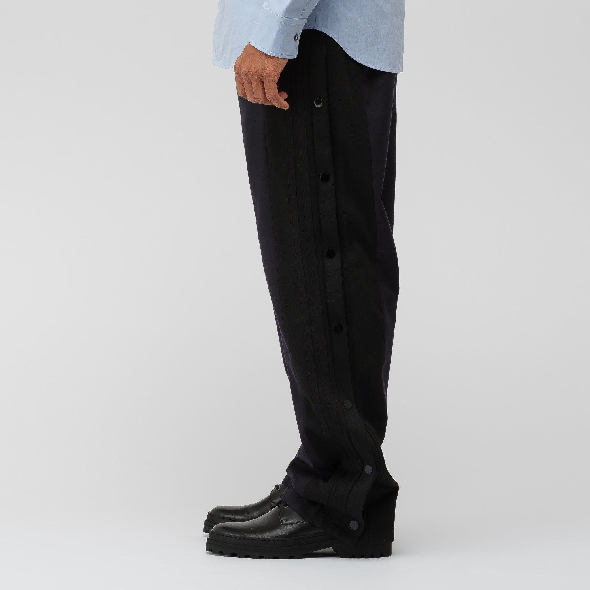 Woven Side Snap Pant in Navy
