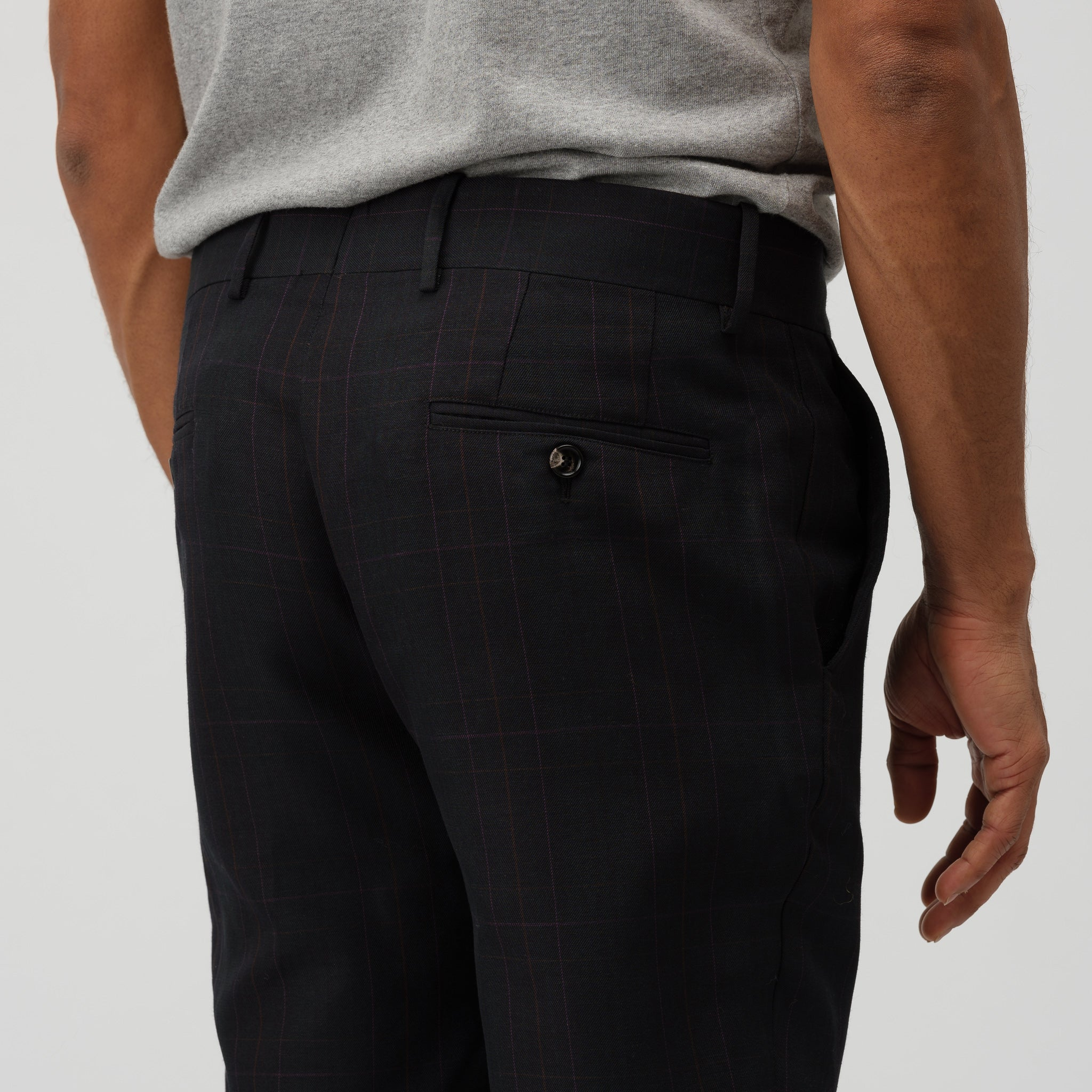 Trousers in Black Plaid