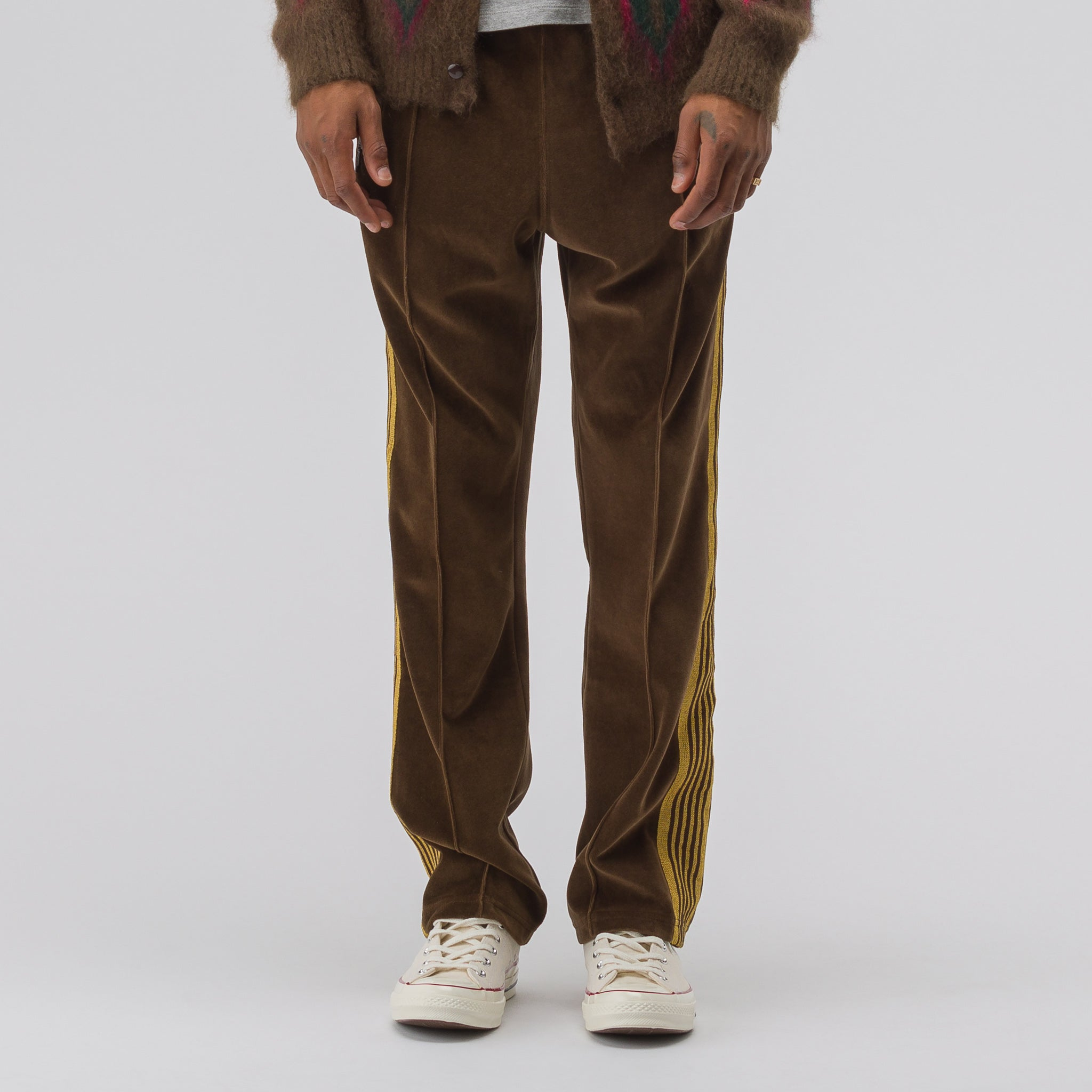 Velour Narrow Track Pant in Brown