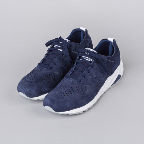 New Balance Deconstructed 580 in Navy - Notre