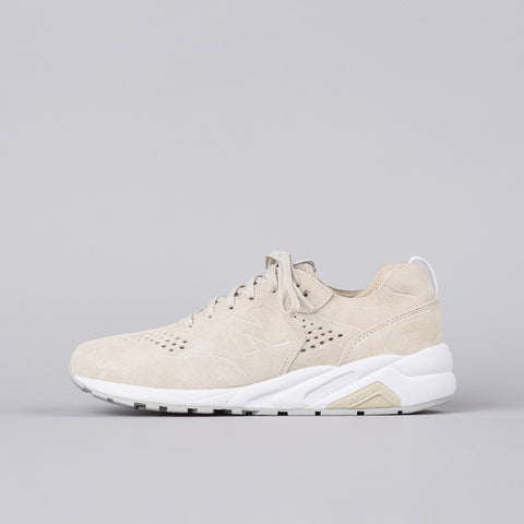 New Balance Deconstructed 580 in Tan/Beige - Notre