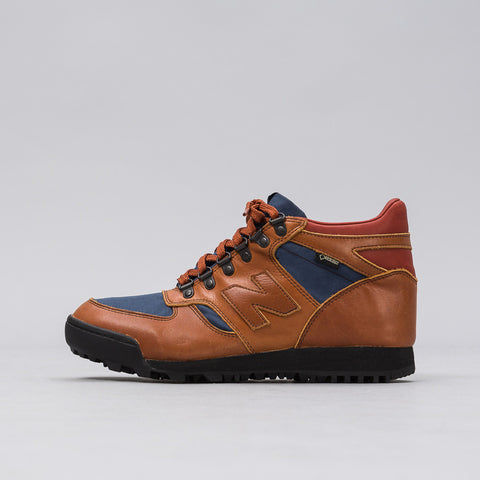 New Balance Rainier Boot in Brown HLRAINOG Notre 1
