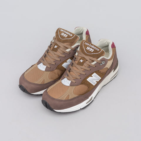 New Balance M991NGG in Brown - Notre
