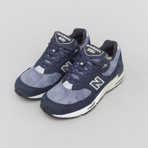New Balance Made in the UK M991NVB in Navy Blue/Blue - Notre