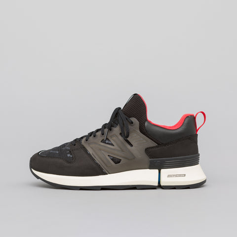 New Balance MSRC2BB in Black - Notre