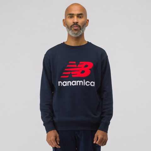 New Balance x nanamica COOLMAX® Crewneck Sweatshirt in Navy - Notre
