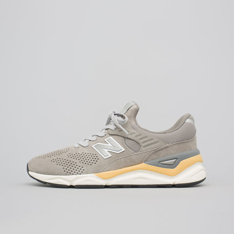 New Balance MSX90PNB in Silver - Notre