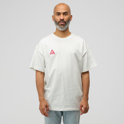 NikeLab ACG Short Sleeve Logo T-Shirt in White/Pink - Notre