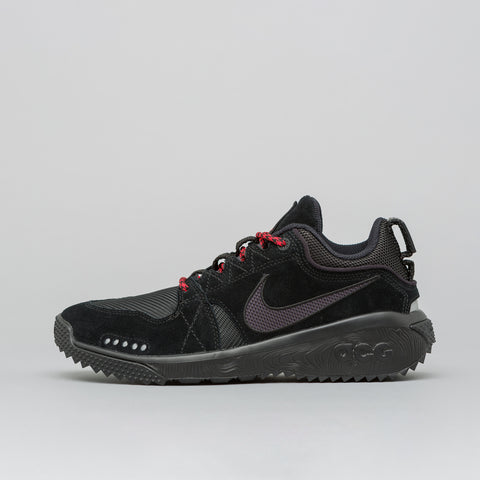 NikeLab ACG Dog Mountain in Black/Oil Grey - Notre