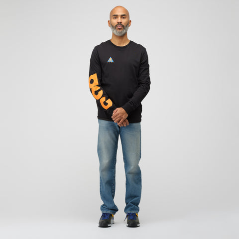 NikeLab ACG Long Sleeve T-Shirt in Black - Notre