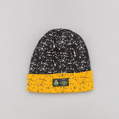 NikeLab ACG Beanie A14 in Black/Yellow Ochre - Notre