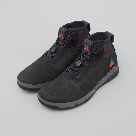 NikeLab ACG Ruckel Ridge in Black - Notre