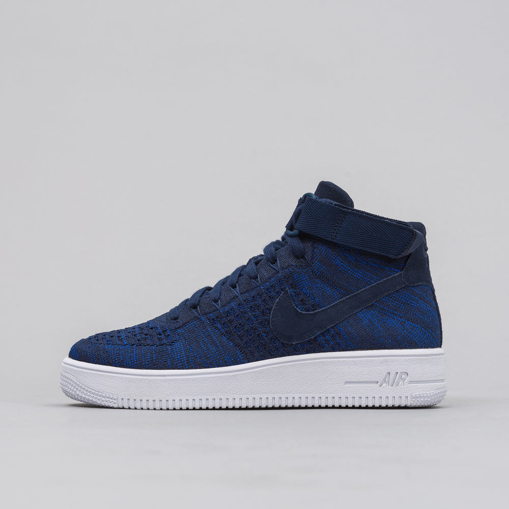 Nike Air Force 1 Ultra Flyknit Mid in College Navy - Notre