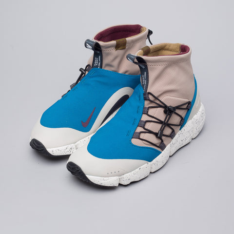 Nike Air Footscape Mid Utility DM in Green Abyss/Burgundy/Sepia - Notre