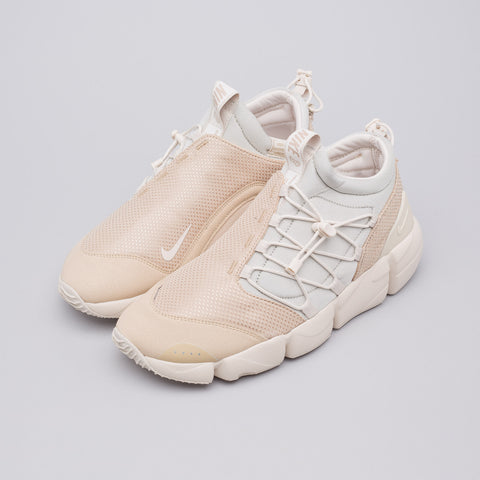 Nike Air Footscape Utility DM in Light Bone - Notre