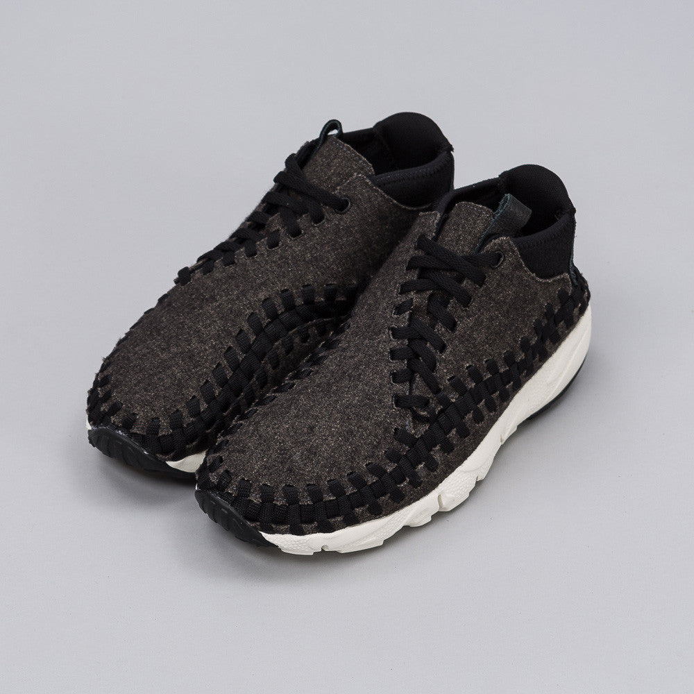 Nikelab Air Footscape Woven Chukka SE in Black 857874-001 Notre