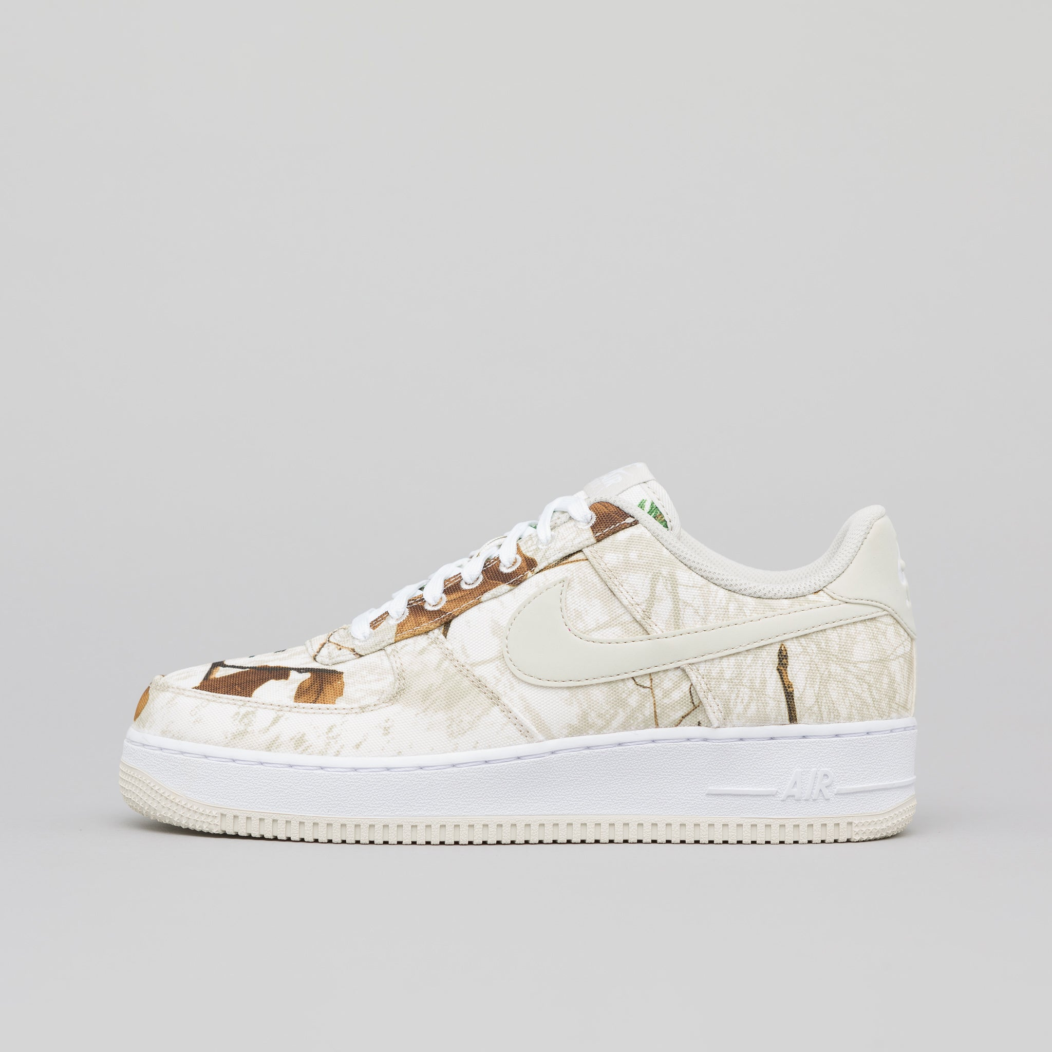 reputable site ff750 17c14 Air Force 1 07 LV8 3 in White Light Bone · Nike
