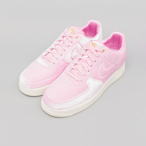Nike Air Force 1 07 PRM 3 in Pink Rise - Notre
