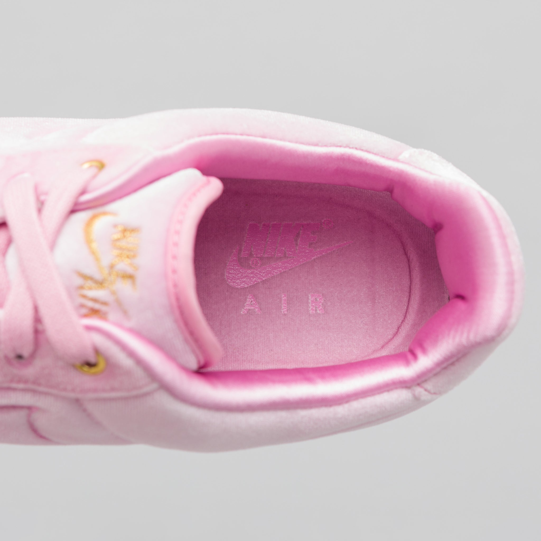 Air Force 1 07 PRM 3 in Pink Rise