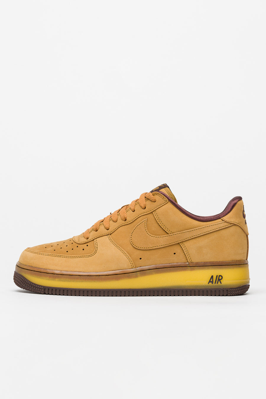 Air Force 1 Low Retro SP in Wheat