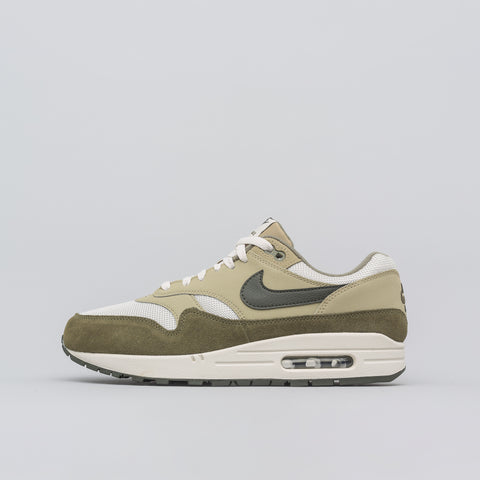 Nike Air Max 1 in Medium Olive - Notre
