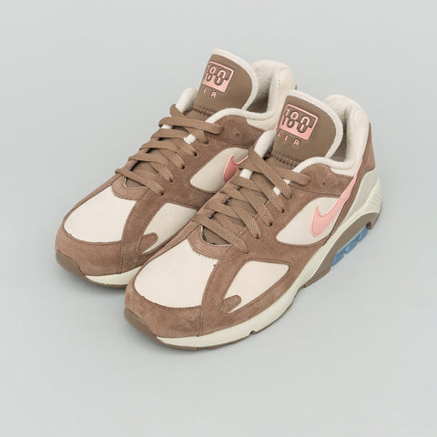 Nike Air Max 180 in String/Rust Pink - Notre