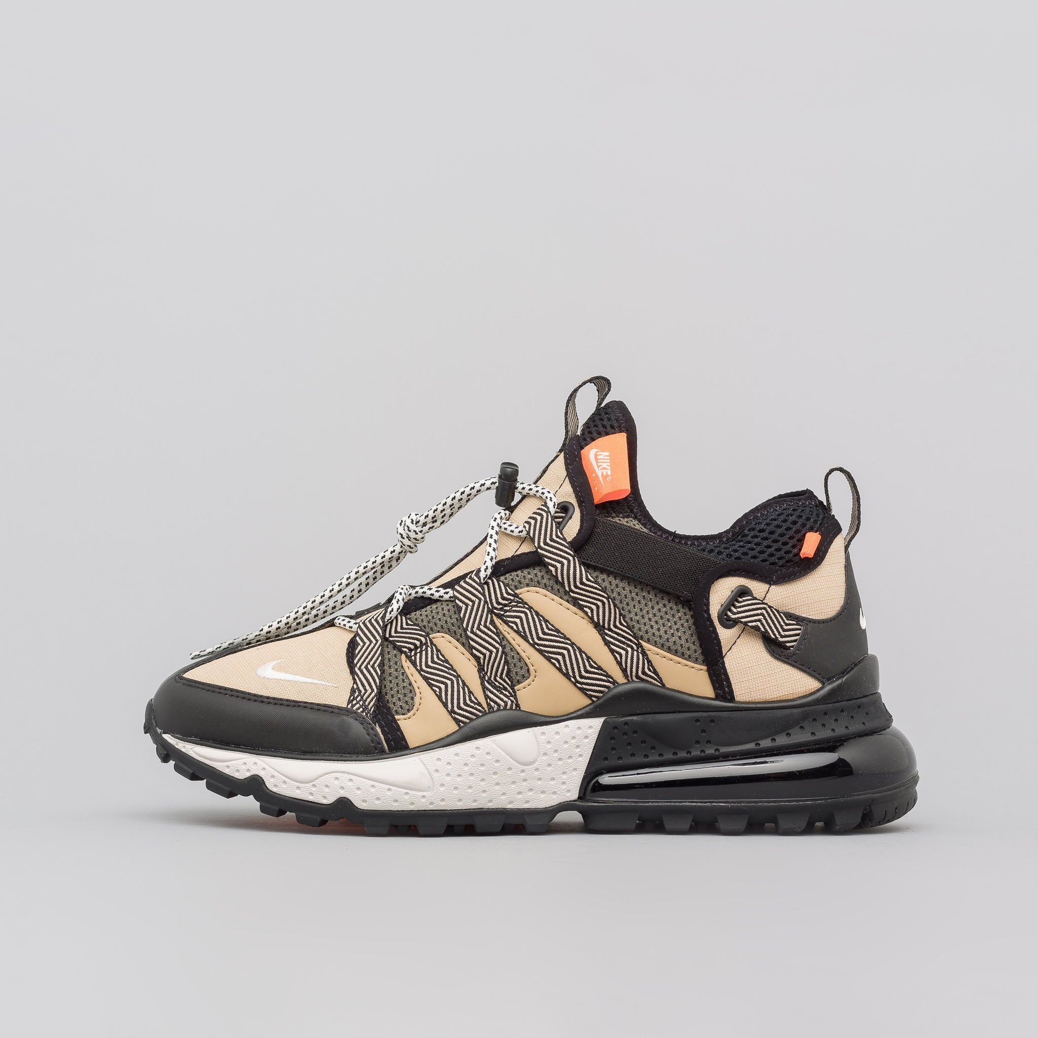 Air Max 270 Bowfin in Black/Desert
