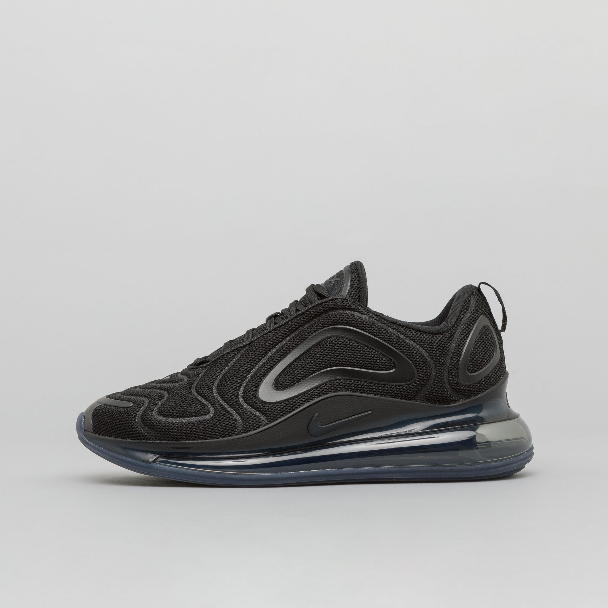 Air Max 720 in Black