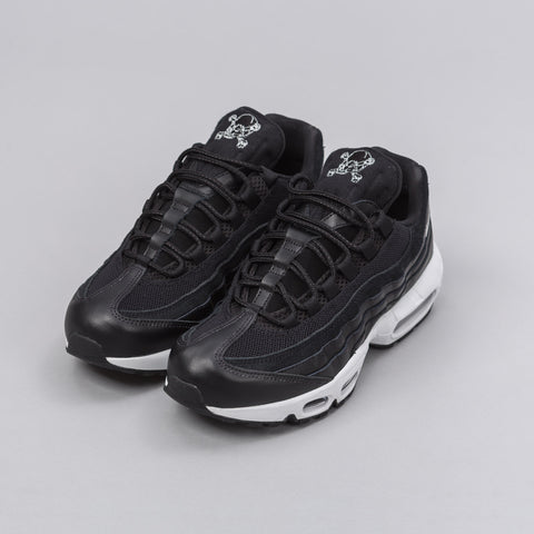 Nike Air Max 95 PRM in Black/Chrome - Notre