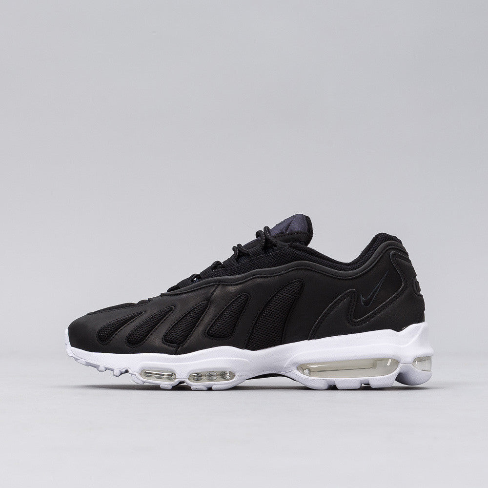 Nike - Air Max 96 XX in Black - Notre - 1