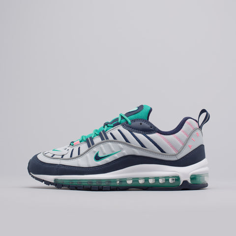 Nike Air Max 98 in Pure Platinum/Obsidian - Notre