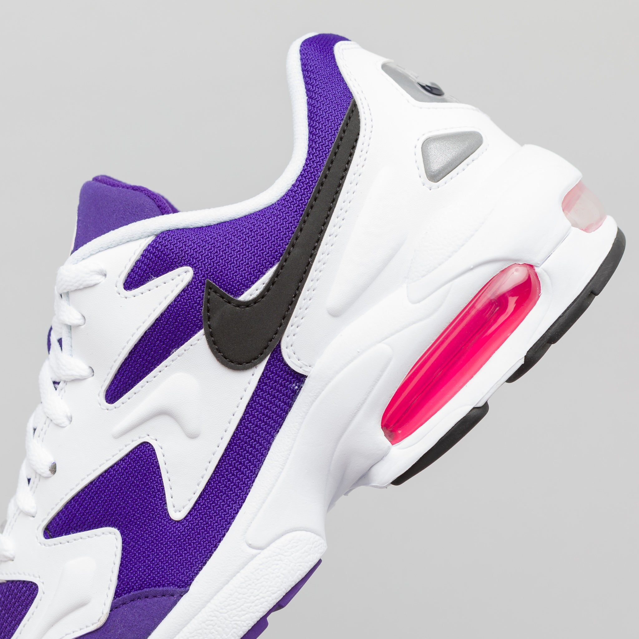Air Max 2 Light in White/Purple