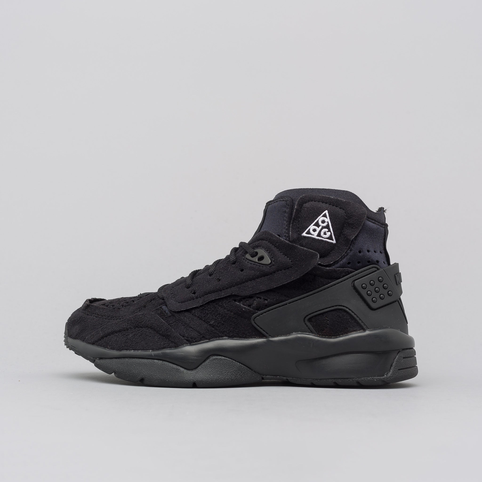 check out 9e6af 9ef22 x Nike Mowabb in Black