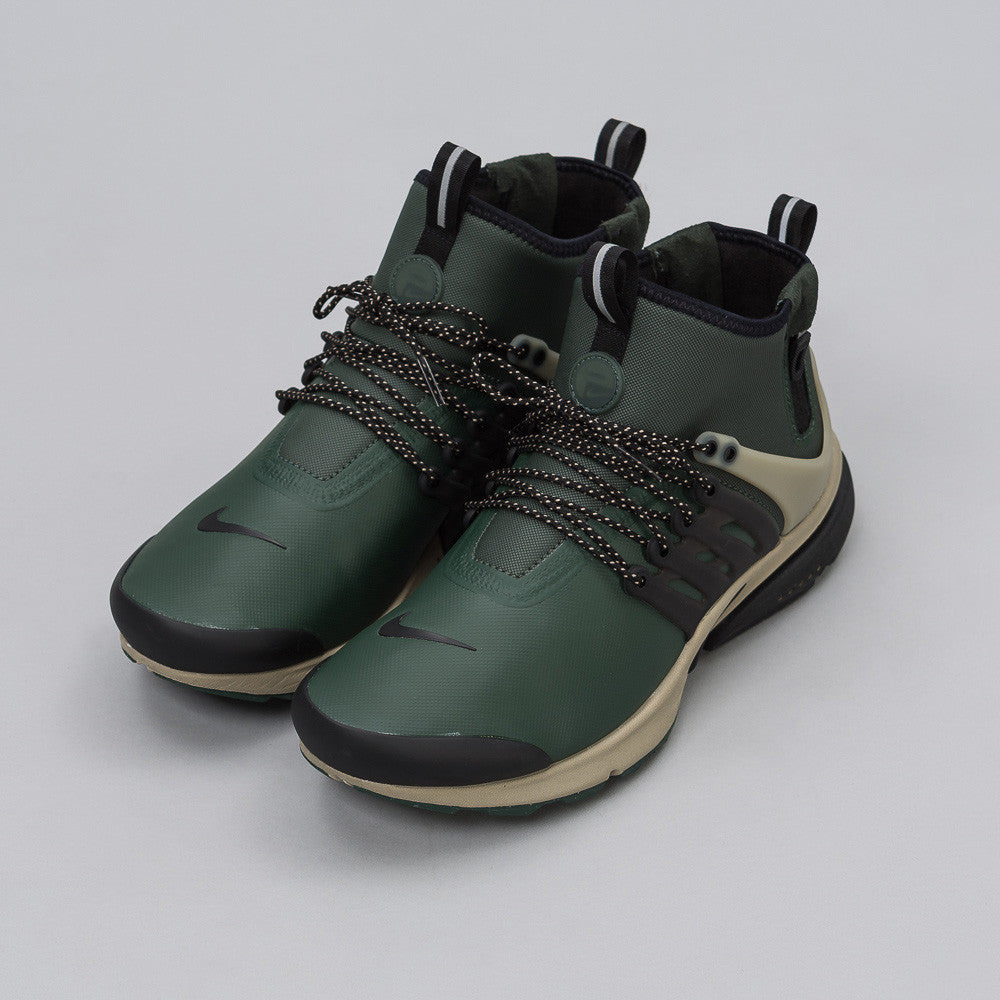 Nike Air Presto Mid Utility in Olive - Notre