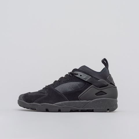 Nike Air Revaderchi in Black - Notre