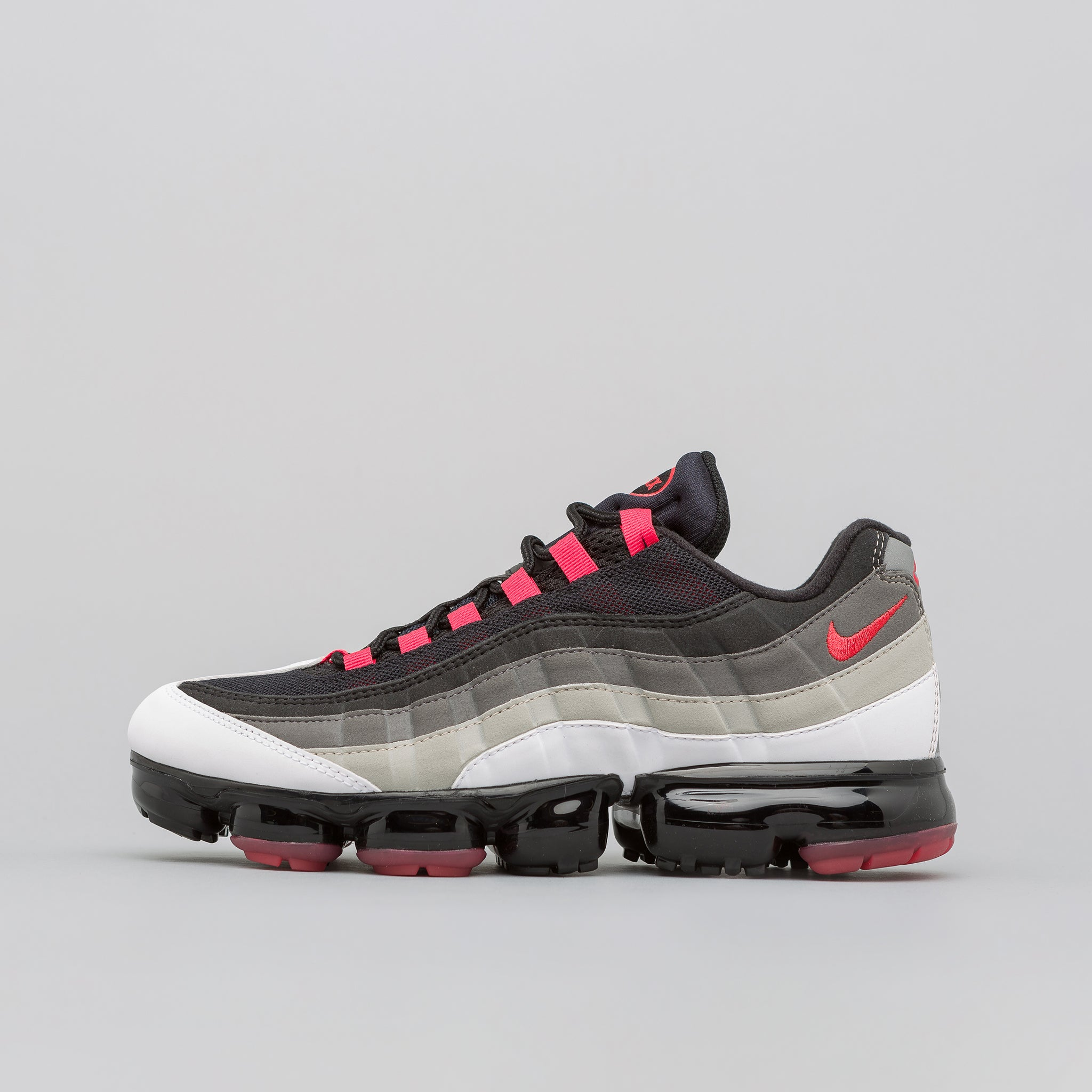 c86fb72a11c4 Nike Air Vapormax 95 in White Red Pewter