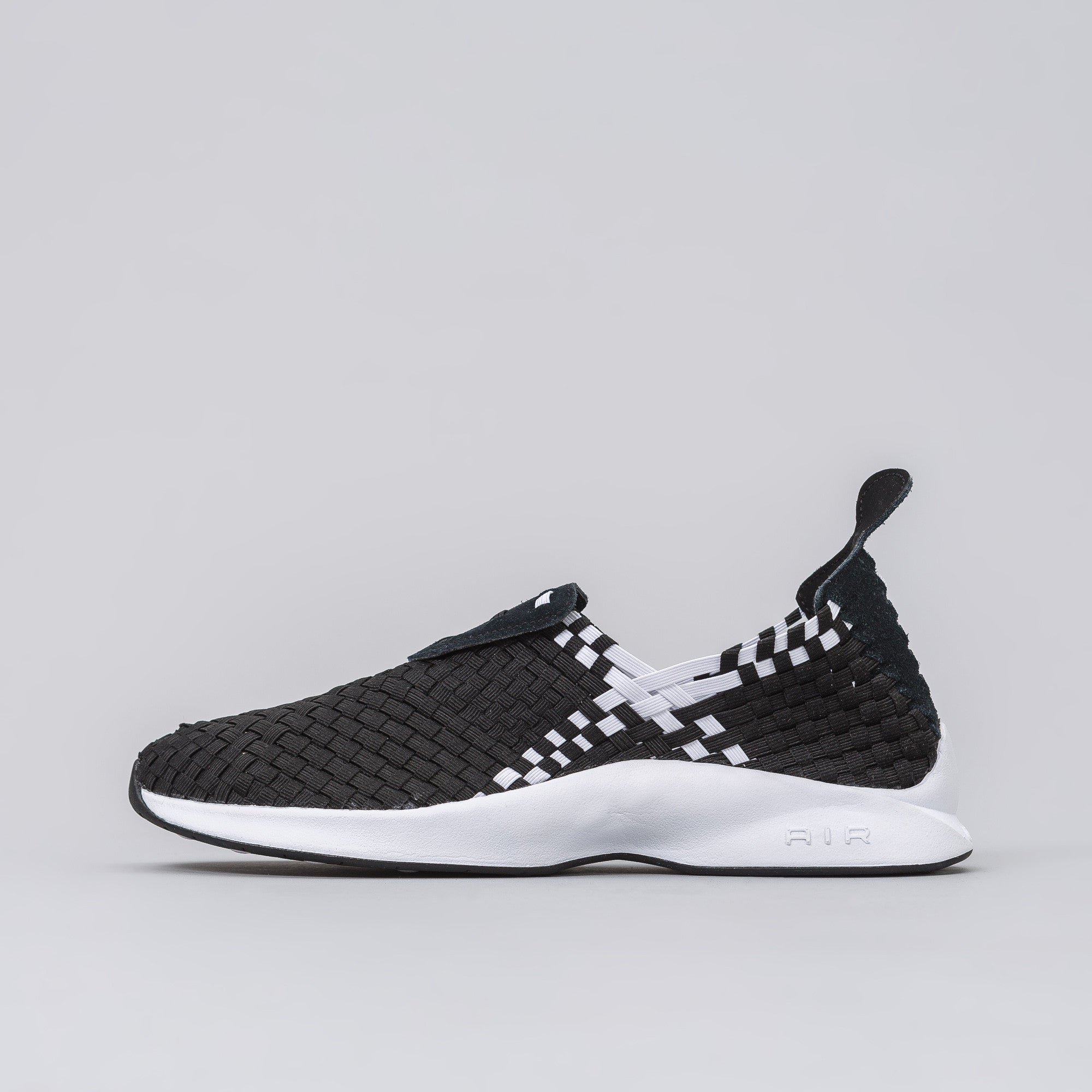 Air Woven in Black/White
